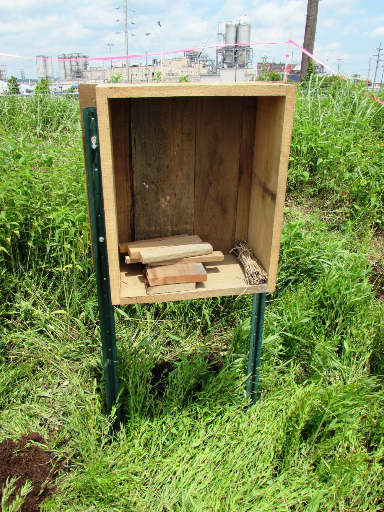 Building a Pollinator Hotel