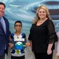 Khaled Khalaf receives his award.